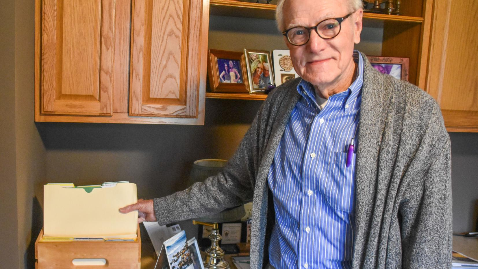 Watch now: Retired Eastern Illinois University professor helps readers explore state historic sites