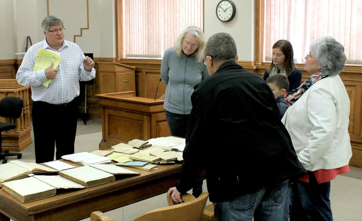 Courthouse tours, Lincoln history