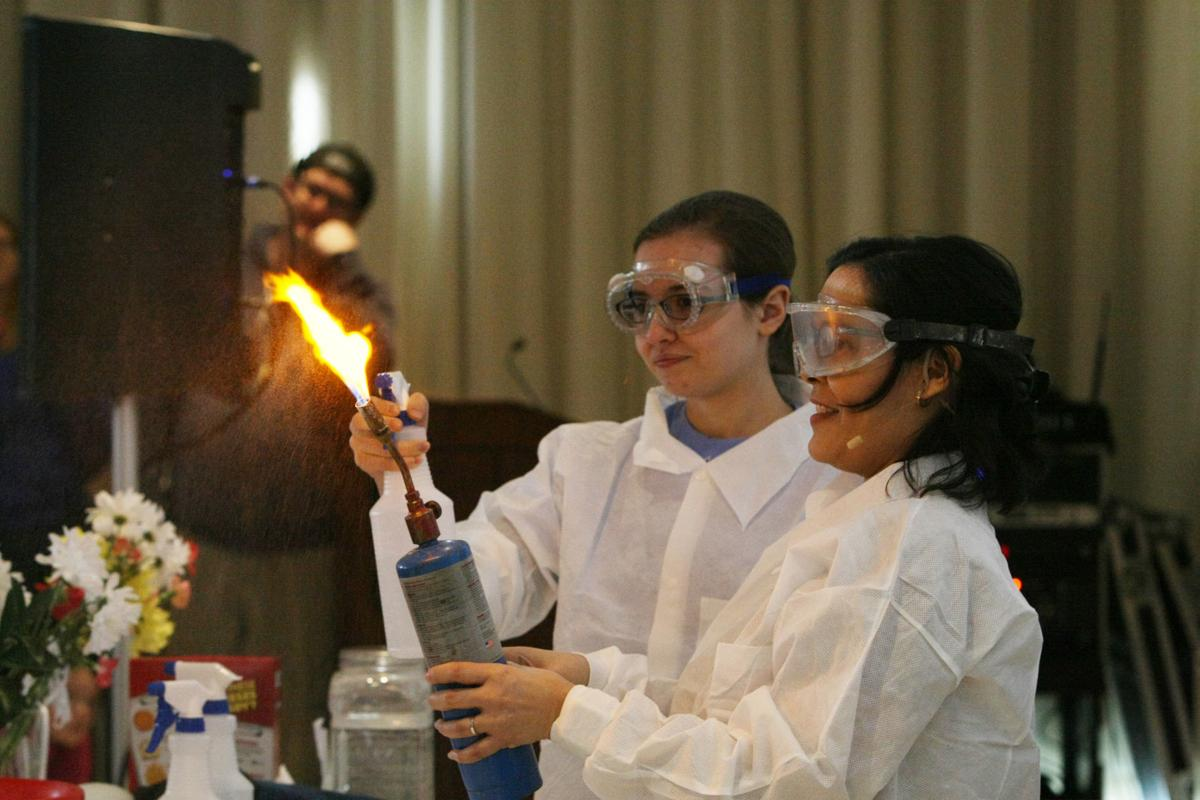 EIU-science-fest-chemistry