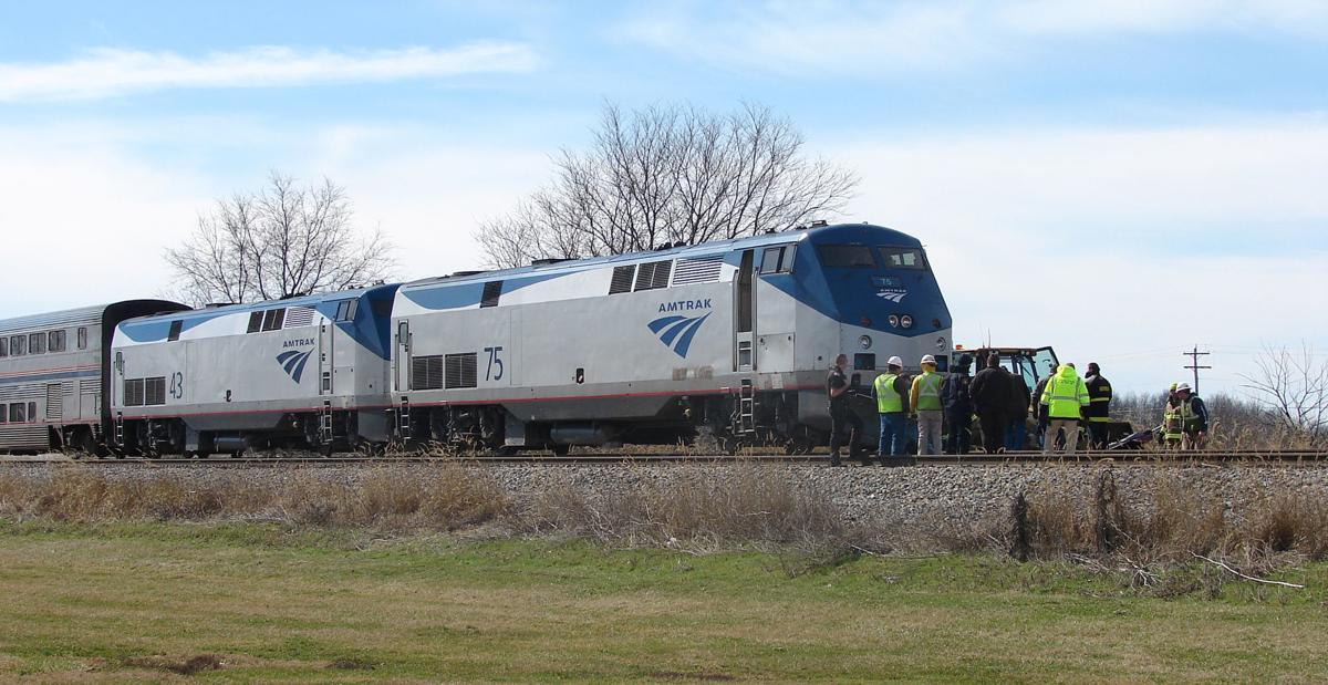 030318-mat-nws-train-car-wreck-1RS.jpg