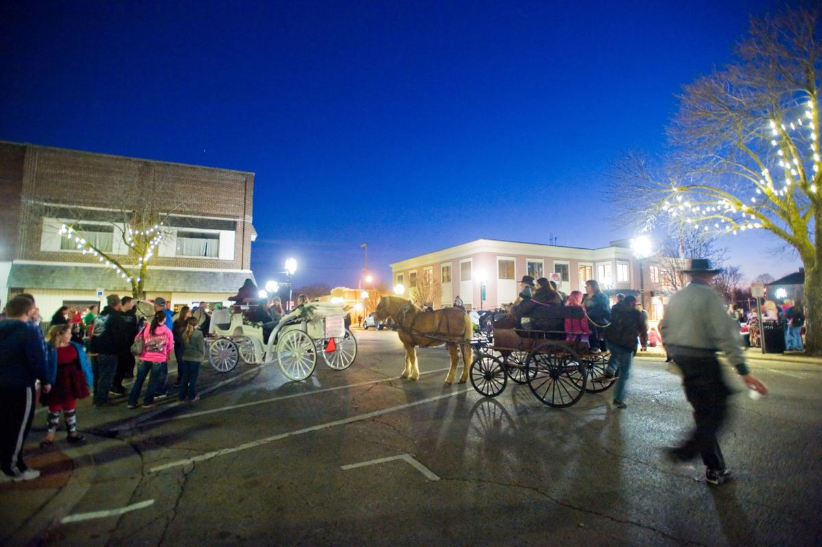 Christmas in the Heart of Charleston 12/02/17 (5)