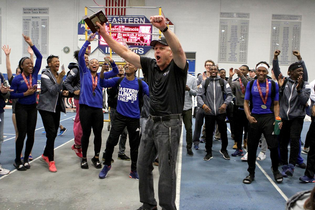 Coach Tom Akers