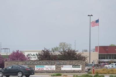 Cross County Mall