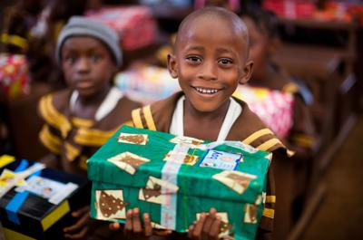 Operation Christmas Child collection week set | Features | jg-tc.com