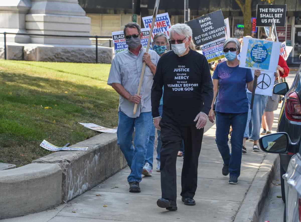 Poshard delivers message at Coles County Courthouse