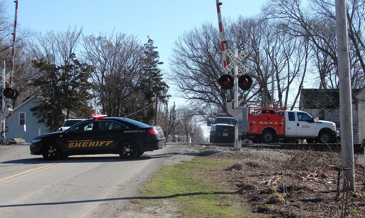 Mattoon High School teen dead after vehicle, train collision