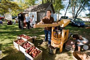 Five Mile House fall fest draws a crowd