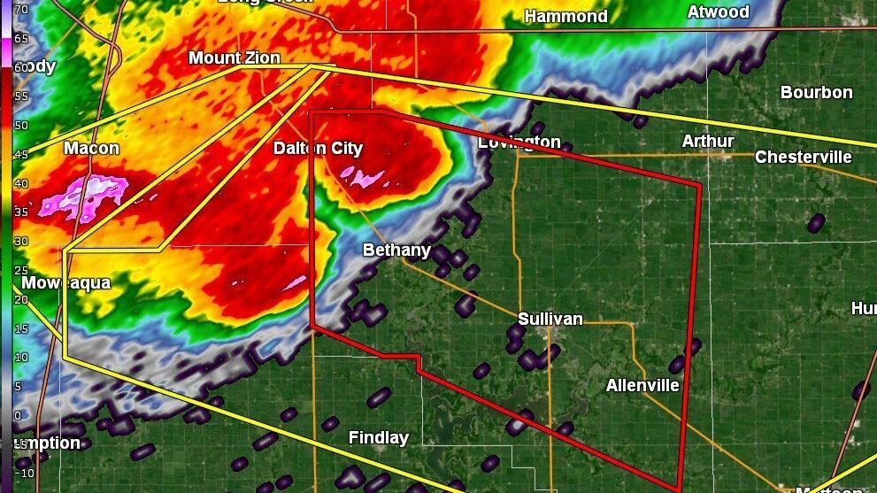 See how Central Illinois documented the storm on <b>Twitter</b> thumbnail