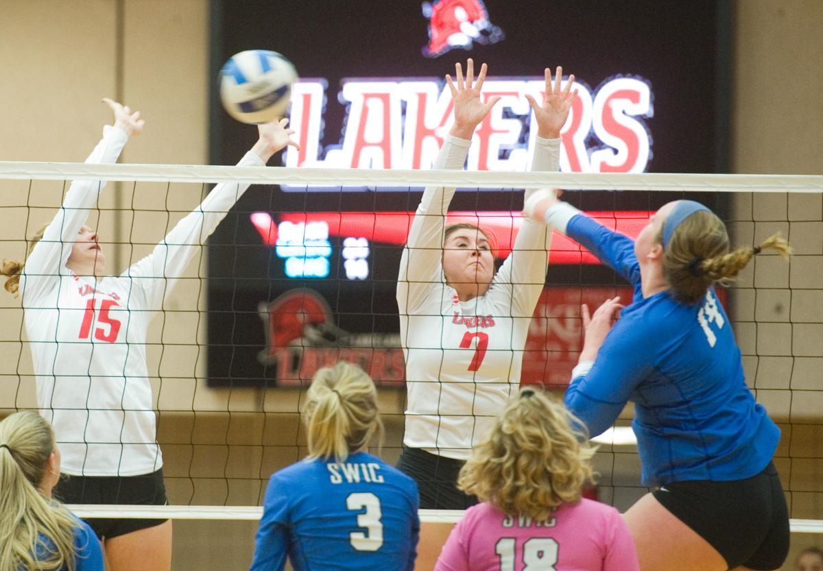 Lake Land College Volleyball 10/10/18