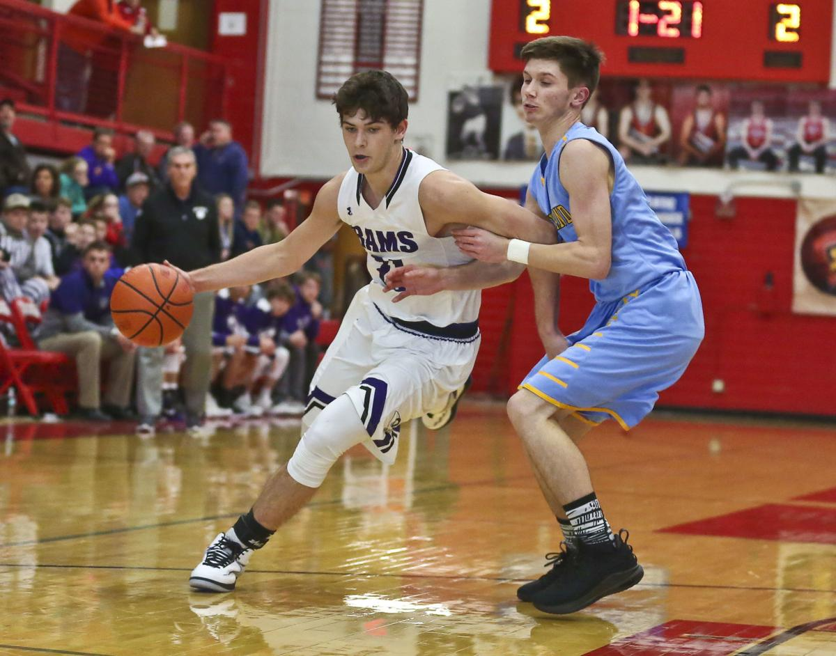 f3da9a7a33fd9 Shelbyville basketball star Malcolm Miller to walk on at Illinois ...