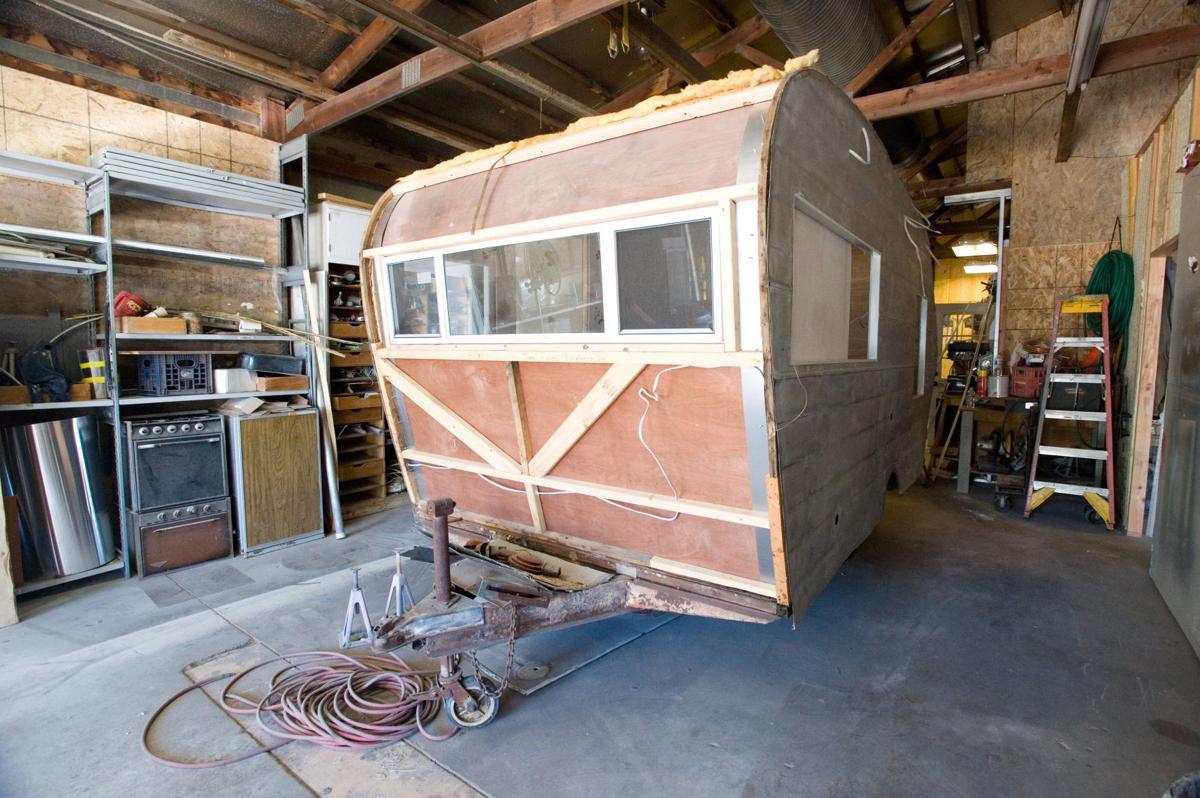 New Mattoon business rebuilds vintage campers | Lifestyles | jg-tc com