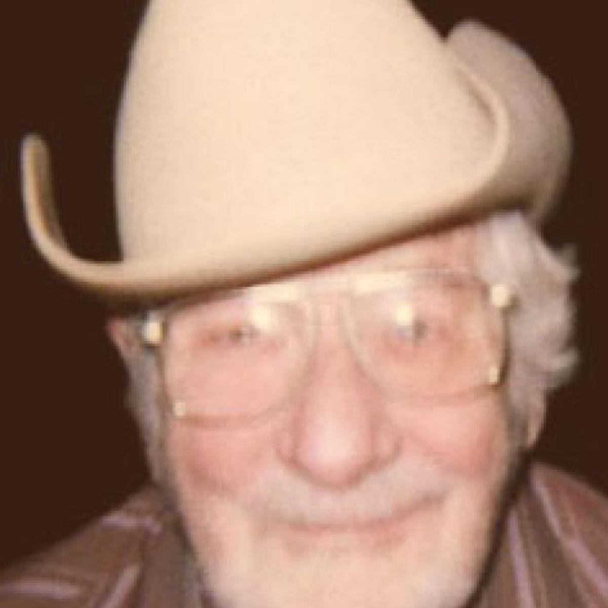 Clarence Shrader | Obituaries | jg-tc com