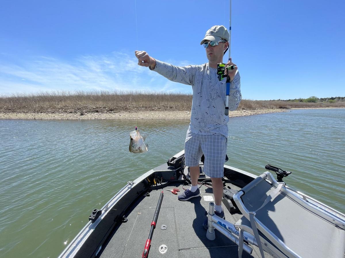 050821 Kansas Crappie Fishing Image 2
