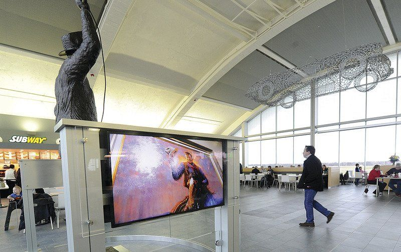 Motorists cite clean, modern appeal of new Vinita Service Plaza