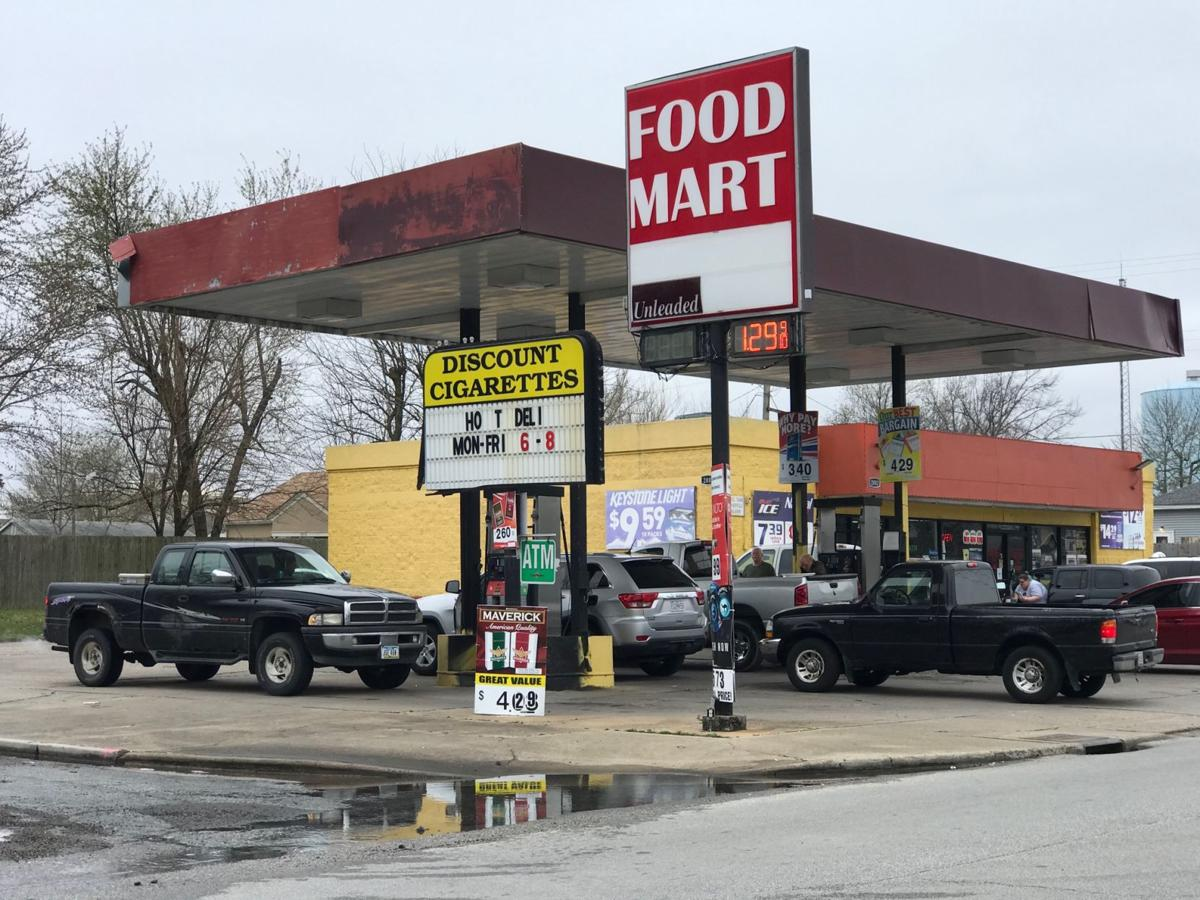 Gas Prices Drop As Low As 1 29 In Joplin News Joplinglobe Com