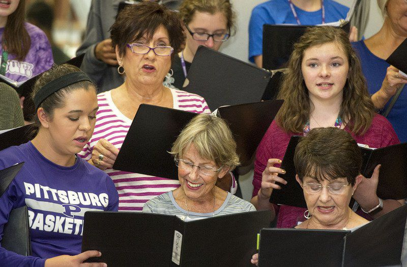 Pittsburg multigenerational choir to sing for peace