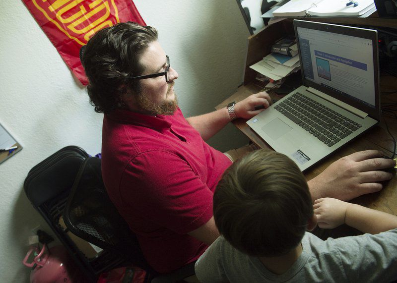 $1 a day: Pittsburg man earning debt-free college tuition through Walmart program