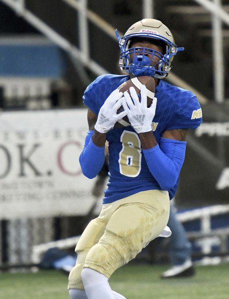 New QB, late defensive stand lead NEO past Tyler