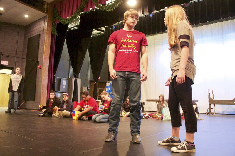 Pittsburg High School's annual Santa play features student playwright, production team