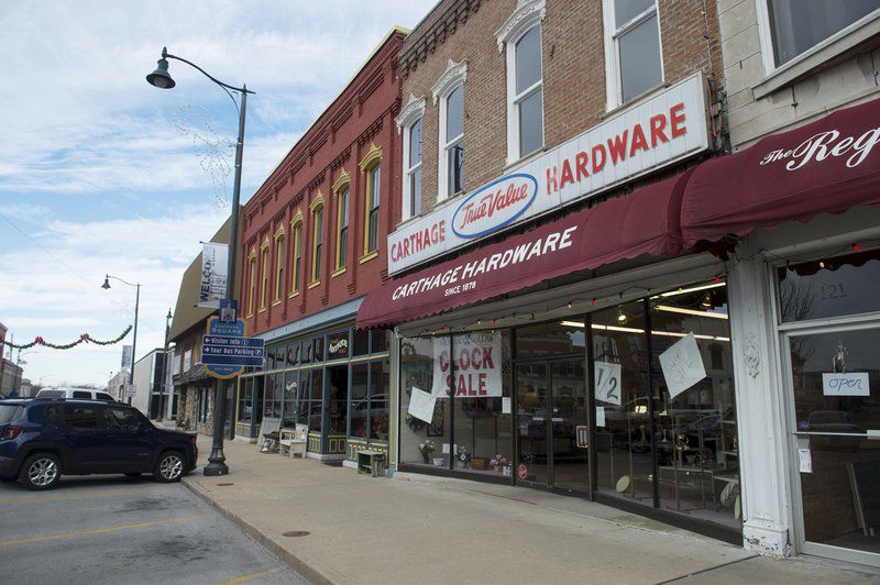 Memories highlight final days at Carthage Hardware