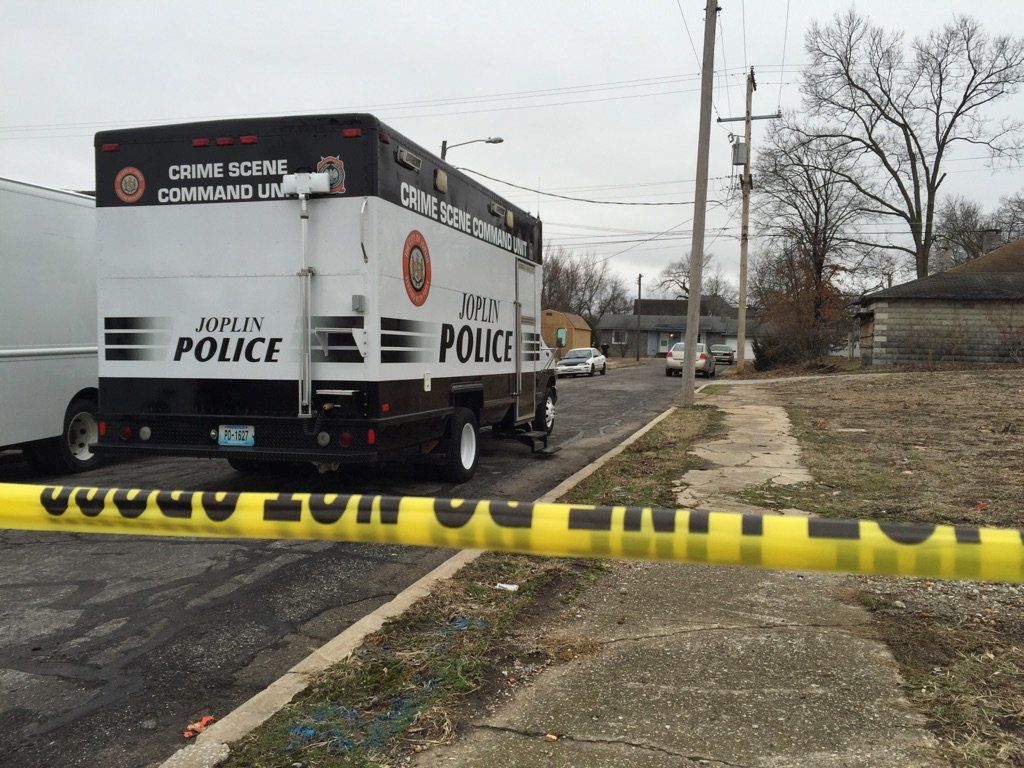 Police enter home on Mineral Ave.; search ongoing | News ...