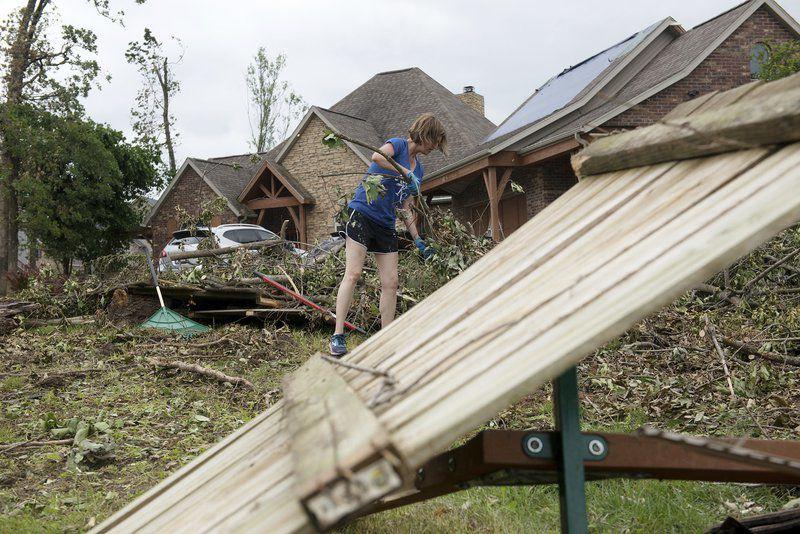 Tornado recovery efforts progressing in Carl Junction, but still no word from FEMA