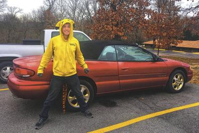 Joplin auto repair shop gives vehicle to autistic teen in need