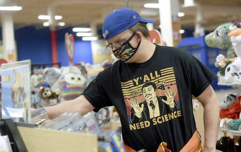 Despite tough year, malls keep evolving