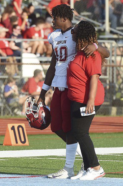 Joplin's Roberts-Day commits to Baylor while preparing for expanded role with Eagles