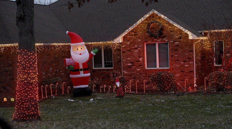Globe announces winner of annual Home Holiday Lighting and Decorating contest