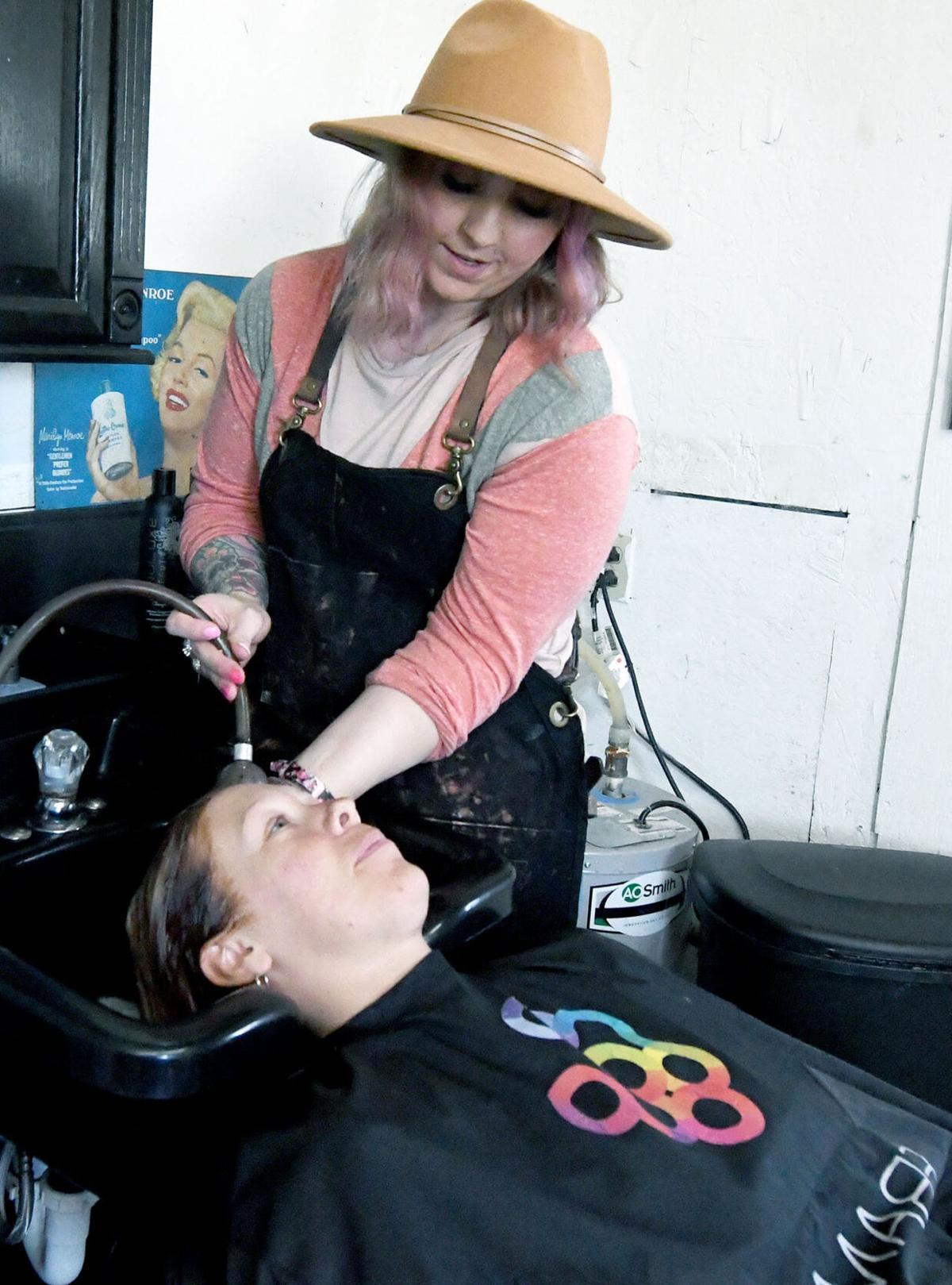 05xx21_local_Lamar hair salon3.jpg