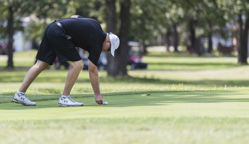 At last, Bill Curry wins senior division title