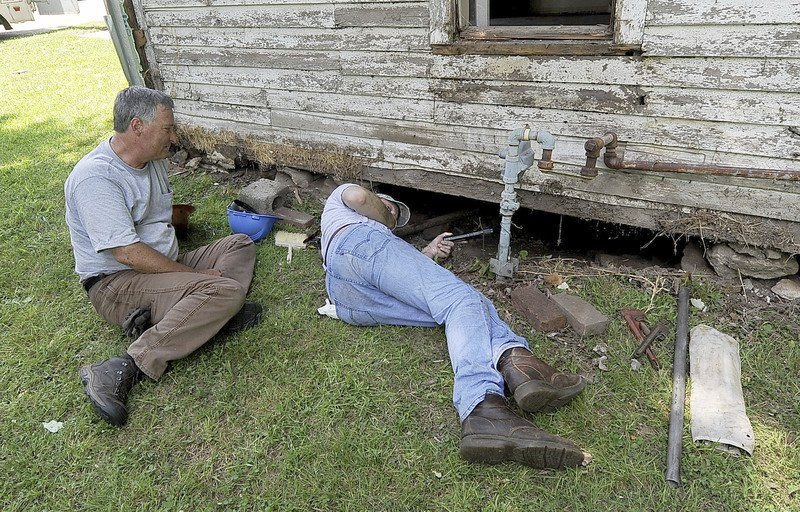 HistoriCorps begins work to restore schoolhouse attended by George Washington Carver
