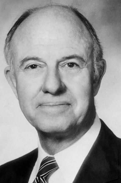 Bob Higgins, longtime community leader, passes away