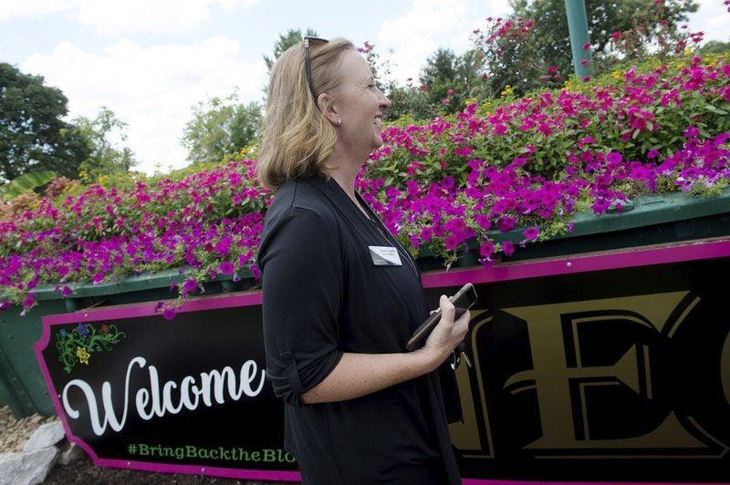 Community revitalizing Neosho's 'Flower Box City' title