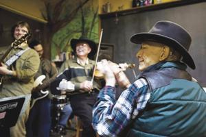 Duke Davis returns for annual gig at Java Jam