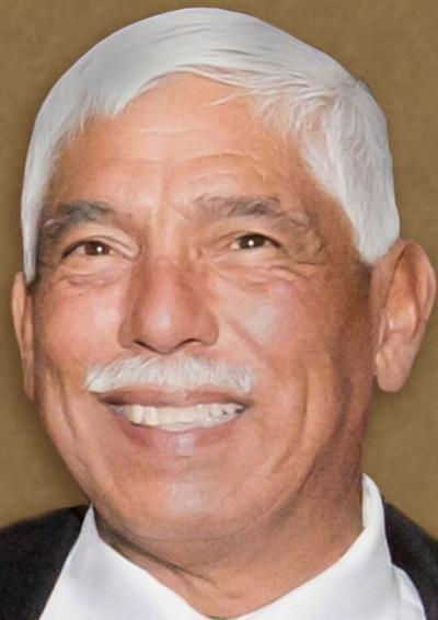 Robert Cisneros