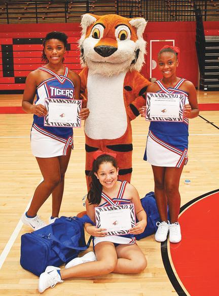 WJHS Cheerleaders Winners At Camp