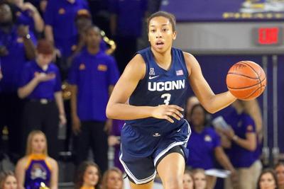 Walker first UConn junior to jump to WNBA