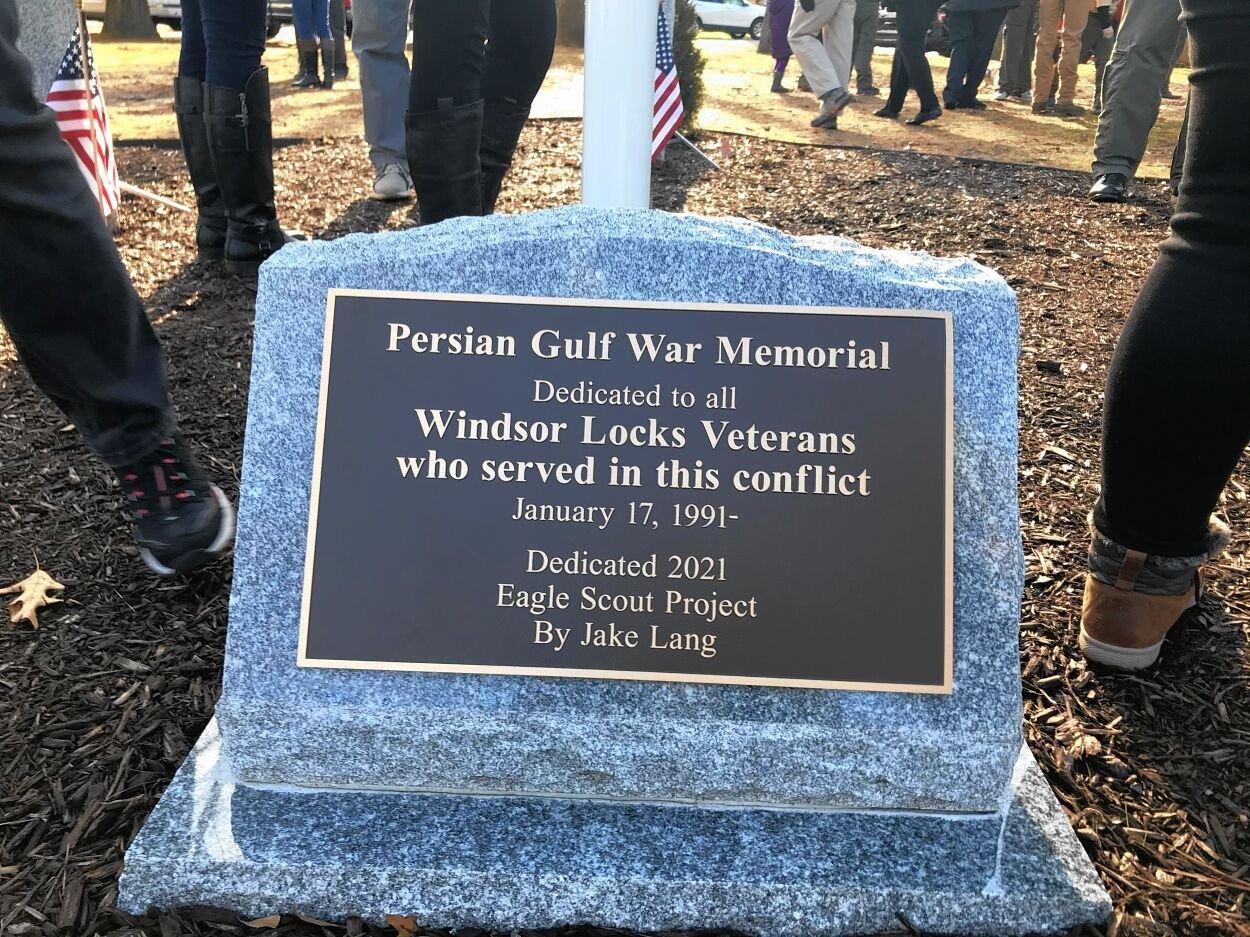 Windsor Locks memorial