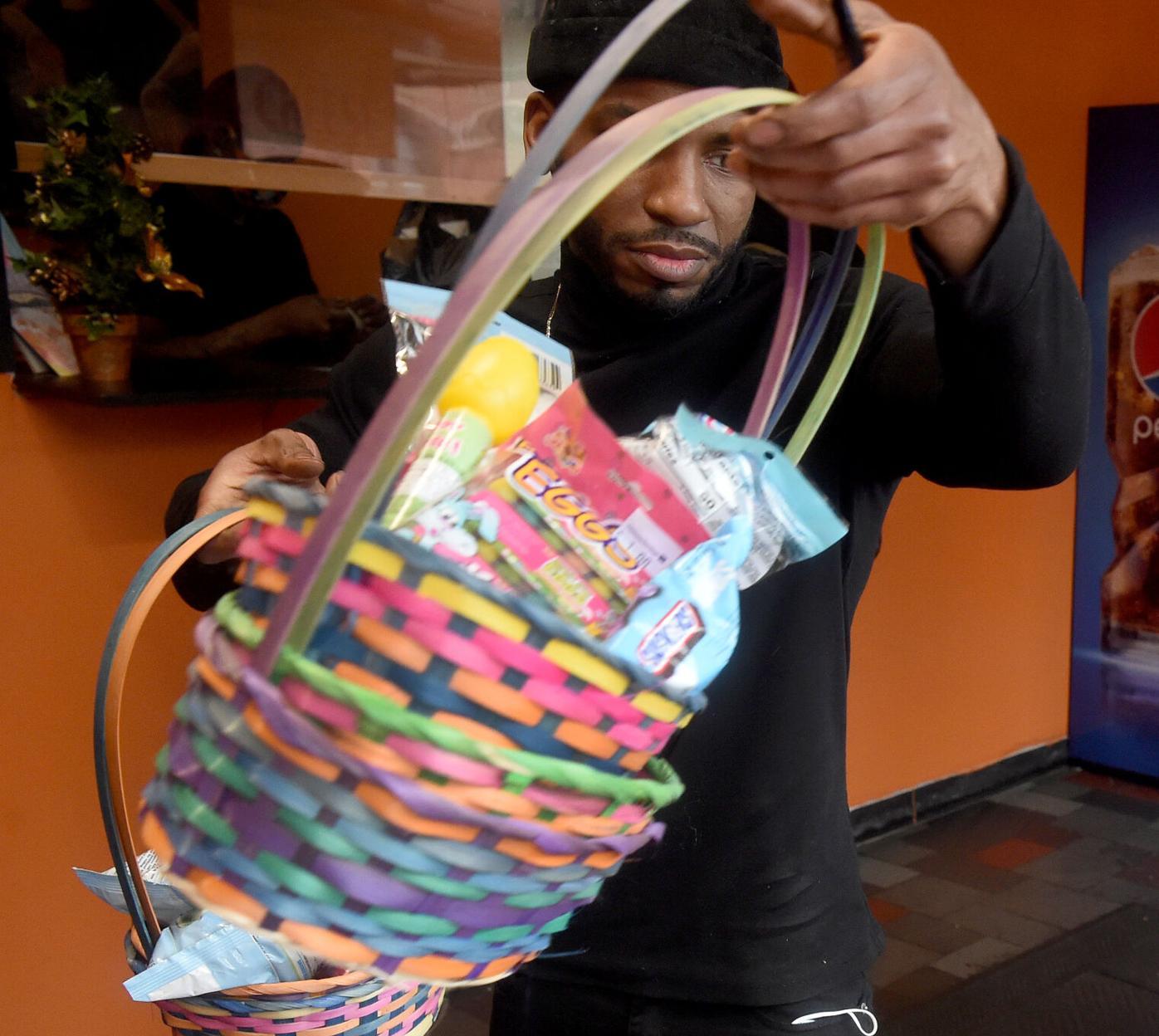 031821 VE Easter Baskets 04.jpg