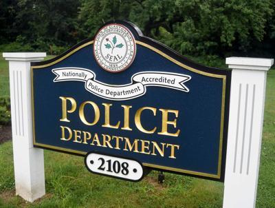 File: Glastonbury Police sign