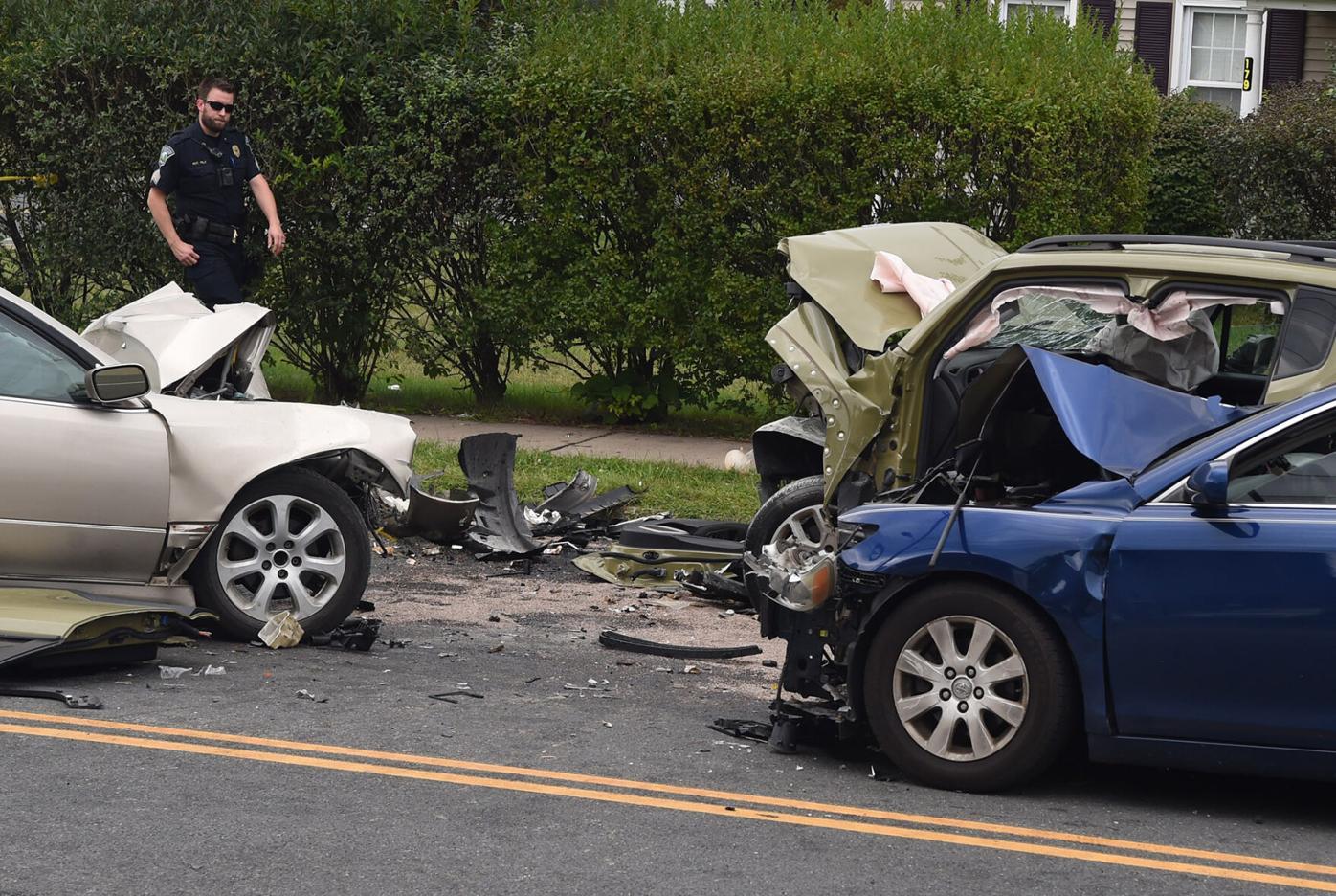 091421 MA Multi-Car Accident 02.jpg