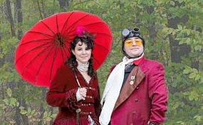 Couple brings steampunk to Manchester