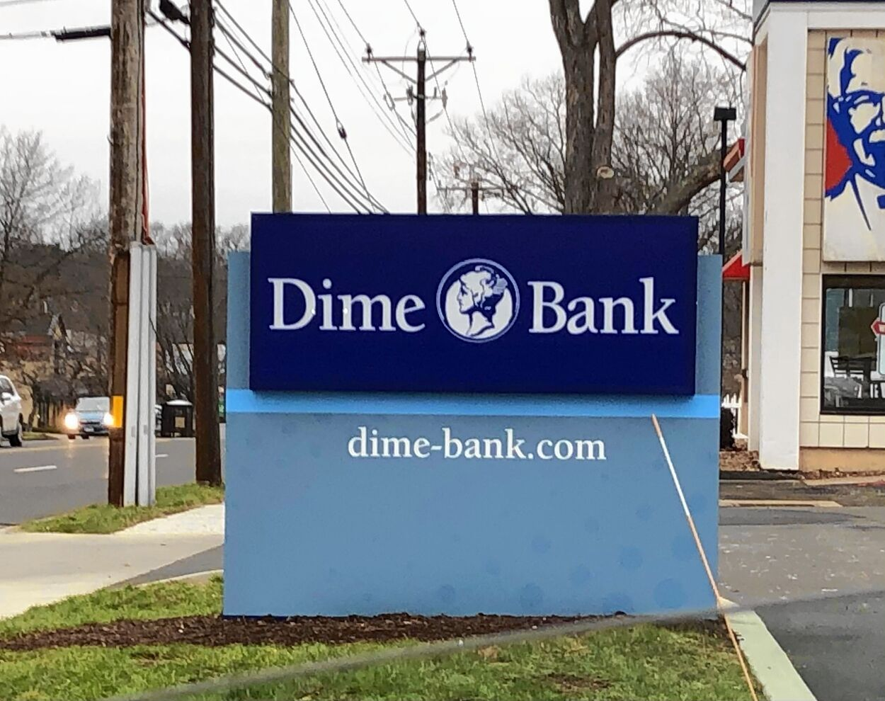 Dime Bank sign