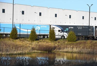 Amazon fulfillment center Windsor