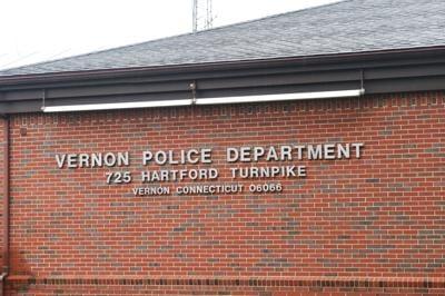 File Vernon Police Dept building