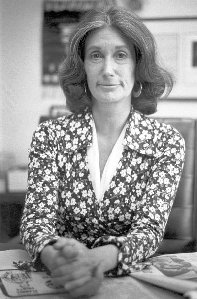 Elizabeth Ellis portrait 1