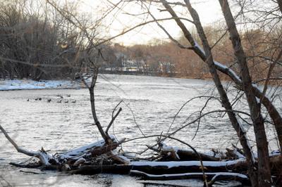 File: Farmington River