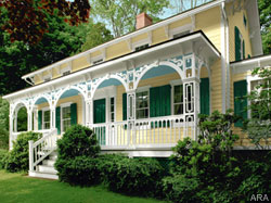 Ten ways to improve your home's curb appeal